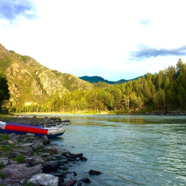 Rafting the Katun