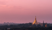 Sunset skies over Shwedogan Pagoda