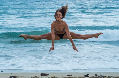 Sara is ballerina